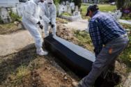 Εύβοια: Ιερέας άνοιξε φέρετρο 77χρονου που πέθανε από covid-19 και φώναζε ότι δεν υπάρχει κορωνοϊός