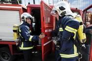 Πάτρα: Ξέσπασε φωτιά στον καταυλισμό Ρομά στα Βραχνέικα