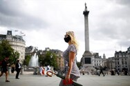 Βρετανία: Τα δύο τρίτα θέλουν να εξακολουθήσουν να ισχύουν κάποιοι περιορισμοί για τον κορωνοϊό