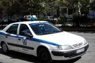 Συνελήφθη οδηγός που μετέφερε με φορτηγάκι 38 μετανάστες στην Καβάλα