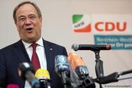 Γερμανία: «Συγγνώμη» από τον υποψήφιο καγκελάριο για το γέλιο στον τόπο της καταστροφής