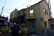 Πάτρα: Πέντε σπίτια και ένα αυτοκίνητο παραδόθηκαν στις φλόγες (pics+video)
