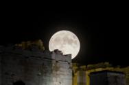 Αυγουστιάτικη Πανσέληνος: Ελεύθερη είσοδος απόψε σε 120 αρχαιολογικούς χώρους και μουσεία