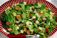 To σημαντικό λάθος που κάνουμε στις σαλάτες