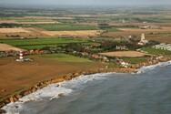 Αγγλία: Η θάλασσα «καταπίνει» ένα ολόκληρο χωριό - Απεγνωσμένοι οι κάτοικοι