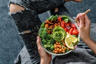 Η υγιεινή διατροφή ενισχύει την άμυνα του οργανισμού μας έναντι του κορωνοϊού