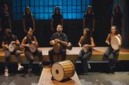 Ένα παραδοσιακό τραγούδι από τη Θράκη ήρθε για να κατακτήσει τους Πατρινούς (βίντεο)