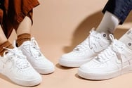 Τα sneakers φοριούνται σε κάθε ηλικία - Πώς θα το κάνετε με στιλ;