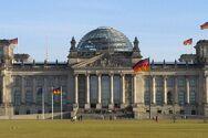 Γερμανικές εκλογές - Οι γυναίκες καταλαμβάνουν σχεδόν το 35% του κοινοβουλίου