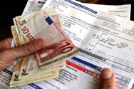 Πάτρα: «Νοκ άουτ» τα νοικοκυριά από τις αυξήσεις στους λογαριασμούς του ρεύματος