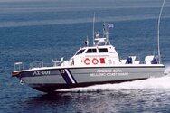Ηράκλειο: Ψαράδες «χτυπήθηκαν» από μεγάλο κύμα