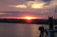 Το «χρυσό» ηλιοβασίλεμα της Πάτρας από την Μαρίνα – Δείτε εικόνα