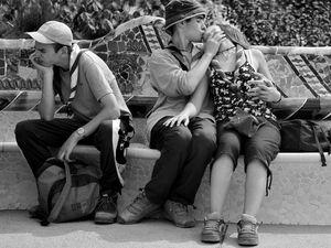 Τρυφερές στιγμές ζευγαριών σε δημόσιους χώρους (pics)