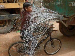 Τα παράδοξα που κάνουν οι Ινδοί (pics)