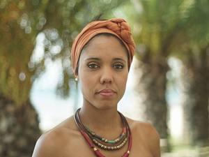 Indira Xiques: Τα χρόνια προσαρμογής, η latin και ο έρωτας που την έφερε στην Πάτρα!