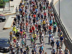 Πάτρα: Με επιτυχία, παρά τον συννεφιασμένο καιρό, η 8η Ποδηλατική βόλτα (video)