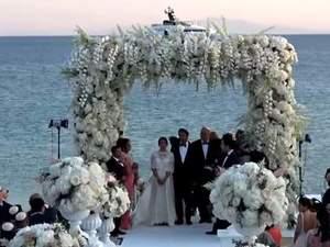 Παραμυθένιος γάμος στη Μύκονο για ζευγάρι Γάλλων (video)