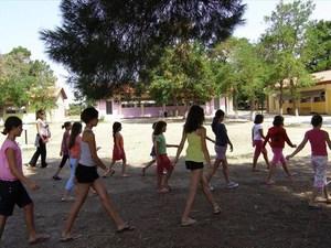 Προσλαμβάνονται 555 άτομα για τρεις μήνες σε κατασκηνώσεις Δήμων
