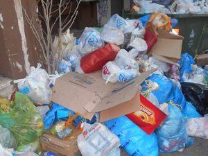 Βρωμάει όλη η Πάτρα - Οι «λόφοι» από τα σκουπίδια αναμένεται να γίνουν «βουνά» το Σαββατοκύριακο! (φωτο)