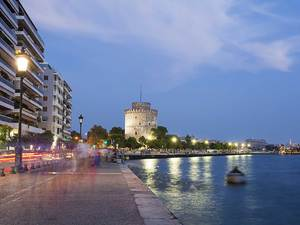 Μαχαίρωσαν 20χρονο στο κέντρο της Θεσσαλονίκης!