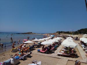No1 παραλία στις προτιμήσεις των Πατρινών για μπάνιο!