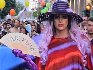 Αυτή είναι η Δούκισσα - Το πιο πολυσυζητημένο πρόσωπο του Patras Pride! (φωτο)