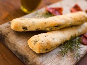 Ψωμί με γεύση mediterranean