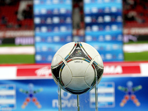 Super League: Πρεμιέρα με Λάρισα απόψε ο Ολυμπιακός