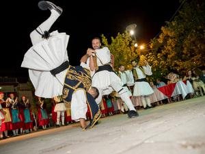 Αχαΐα - Με πάνω από 200 χορευτές πραγματοποιήθηκε η έναρξη του 15ου Παγκαλαβρυτινού Ανταμώματος! (φωτο)