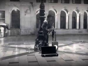 Μια ωραία ιστορία στην πόλη με Jazz vibes στην πλατεία Γεωργίου (video)
