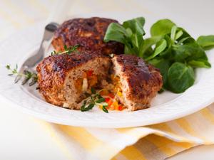 Συνταγή για γεμιστά μπιφτέκια με λαχανικά