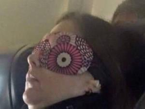 Γυναίκα - επιβάτης αεροπλάνο έγινε viral