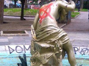 Πάτρα: Η… φάση 'παρακμής' στην πλατείας Όλγας δεν έχει παύση!