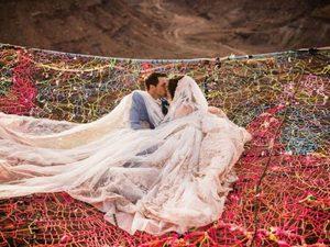 Γάμος ακατάλληλος για όσους φοβούνται τα ύψη (video)