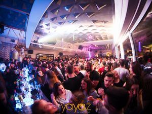 Το αδιαχώρητο το βράδυ της Κυριακής στο Yayaz! (φωτο)