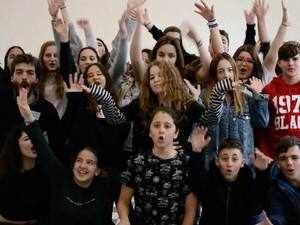 «Scool» - Η πρωτοβουλία που ήρθε στα σχολεία της Πάτρας, για να μείνει (φωτο+video)