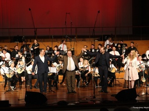 Ενθουσίασε το Πατρινό κοινό η συναυλία 'Όλοι μαζί για ένα σκοπό'! (pics)
