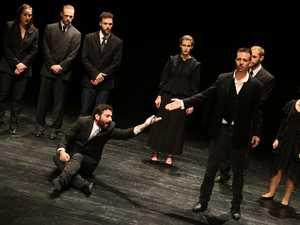 ΔΗΠΕΘΕ - Συνεχίζονται οι παραστάσεις της Δραματική Σχολής