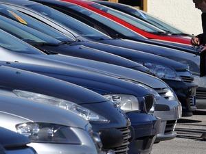 Πτώση των πωλήσεων καινούριων αυτοκινήτων στην Ιταλία