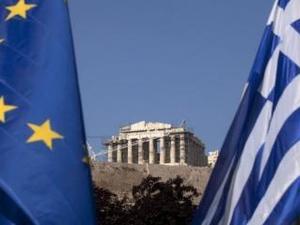 Guardian: Κανείς δεν πιστεύει ότι η Ελλάδα θα ξοφλήσει το χρέος