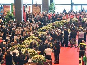 Ιταλία: Θρήνος στην κηδεία των θυμάτων της Γένοβας