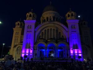 Πάτρα: Τα Βήματα του Πρωτόκλητου γέμισαν με κόσμο το προαύλιο του Αγίου Ανδρέα (pics)