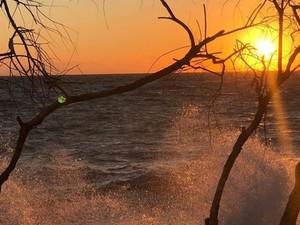 Θάλασσα και ήλιος δημιουργούν ένα μοναδικό αποτέλεσμα στην Πάτρα!