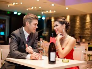 5 ατάκες που δεν πρέπει να ειπωθούν στο πρώτο ραντεβού