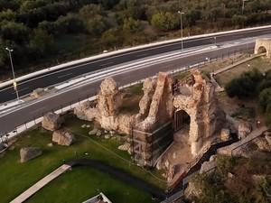 Ρωμαϊκό Υδραγωγείο - Το μνημείο που για αιώνες έδινε νερό στην Πάτρα (video)