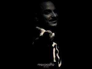 Άκης Δείξιμος - Σε καλεί στο Ma Cocotte, για υπέροχες μουσικές στιγμές (φωτο)