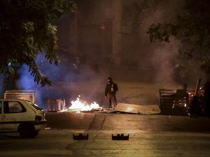 Ένταση στα Εξάρχεια και σοβαρά επεισόδια έξω από τη ΓΑΔΑ (φωτο+video)