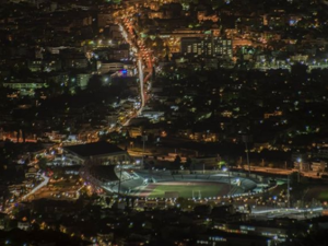 Oι 'φωτεινοί' δρόμοι της Πάτρας (pics)