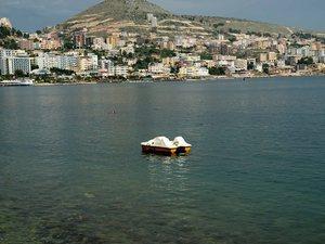 Ο Ράμα αρπάζει τις περιουσίες των Ελλήνων στην Αλβανία