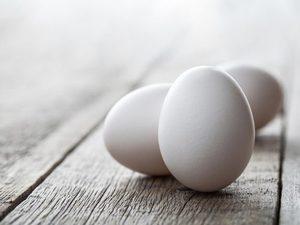 Για ποιο λόγο στις ΗΠΑ βάζουν τα αυγά στο ψυγείο;